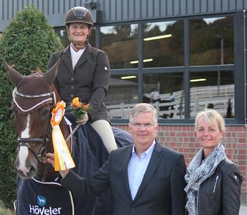 Ü-40cup - Unna-Massen - Anja Raguse und Iris Kleineidam siegen in der Gesamtwertung